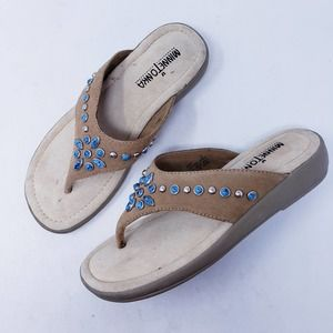 Minnetonka T-Strap Thong Leather Sandals Size 6